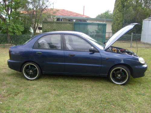 USED 2001 DAEWOO LANOS SEDAN CAR FOR SALE TOOWOOMBA QLD 4350 likewise Daewoo Lanos Fuel Filter also Daewoo Nubira 1 6 1990 Specs And Images as well 1999 02 Daewoo Leganza also Daewoo Matiz Engine Diagrams. on 2001 daewoo nubira specs