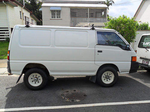 2000 used mitsubishi express 4wd van car sales sydney nsw excellent 5 000. Black Bedroom Furniture Sets. Home Design Ideas