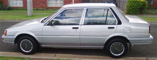 1985 used toyota corolla sedan car sales altona meadows vic 2 200. Black Bedroom Furniture Sets. Home Design Ideas